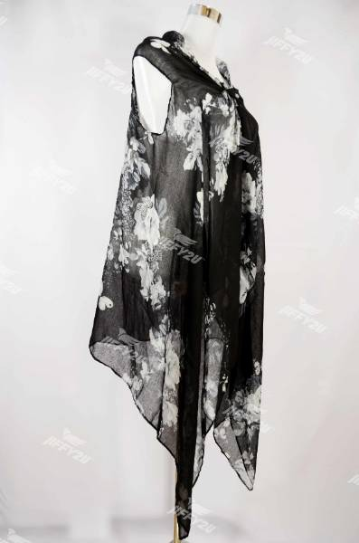Ladies Designer Floral Printed Black Pareo