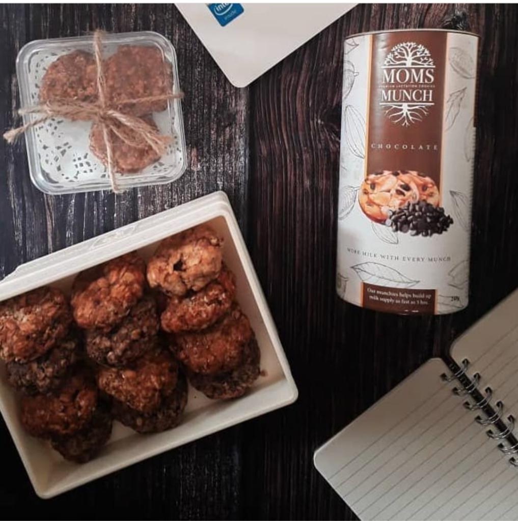 Chocolate Lactation cookies | 250 gram | 12-15 pieces per cane